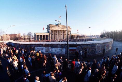 Brandenburgertordezember1989
